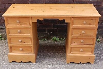 Beautiful Solid Pine Desk / Dressing Table Dovetailed Lovely Condition