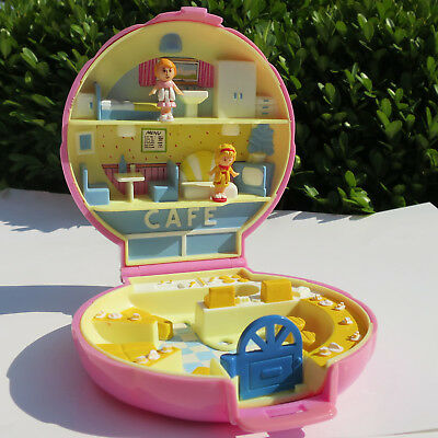 Mini Polly Pocket Polly's Cafe Restaurant Muschel Dose 100% Komplett Bluebird