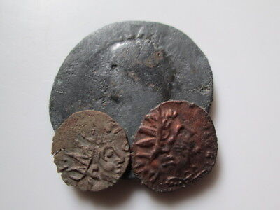 Roman imperial and provincial bronze coins 2 Britannia ( counterf.of the period)