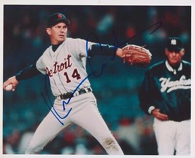 "Kevin Costner Signed Autographed 8x10"" Photograph Picture Detroit Tigers Pitch"