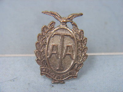 WWII ATA AIR TRANSPORT AUXILIARY AUXILLARY BADGE NO. D 2021 30x20mm