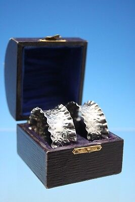 ANTIQUE BOXED PAIR OF STERLING SILVER NAPKIN RINGS - BIRMINGHAM 1911 - 11g