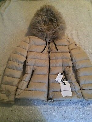 New 100% Authentic Women Moncler Feather Puffer Parka Coat Size 4