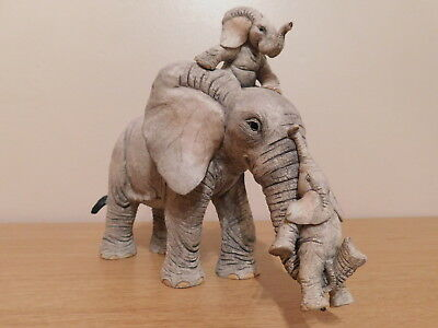 Tuskers Elephant by Country Artists - 'Ups-a-Daisy'