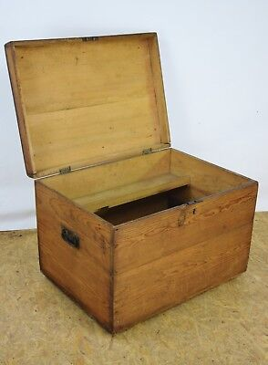 Old Pine Box, Antique Tool Chest , Linen Blanket Chest, Coffee Table, Furniture