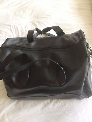 M&S black leather men's weekend hold-all bag