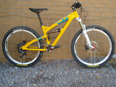 YETI SB66 FULL SUSPENSION MTB SRAM X0 1x 11 SPEED DROPPER ROCK SHOX XS SMALL SB