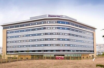 PREMIER INN MANCHESTER AIRPORT - 2 x DOUBLE ROOMS - 15th FEBRUARY 2018 HALF TERM