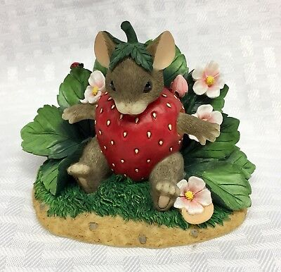 Charming Tails You're Berry Special Limited Edition 89/122