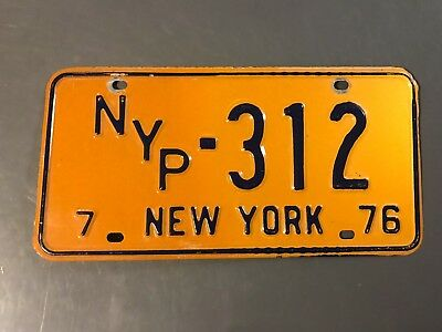 New York License Plate 1976 Nyp-312 New York Press