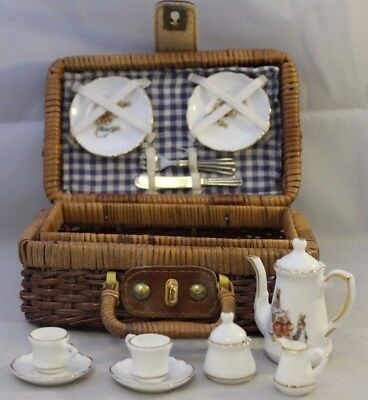 Peter Rabbit Miniature Picnic Set ##DAC44SE