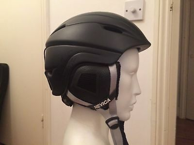 Men's L/XL snowboarding ski helmet WORN ONCE Nevica Black