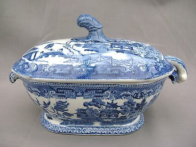 A superb 19th Century Staffordshire Blue & White Willow Pattern Tureen & Ladle