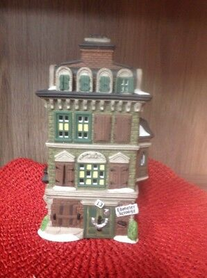 "Dept 56 Dickens' Village Series ""the Flat Of Ebenezer Scrooge"" 5587-5 1989"