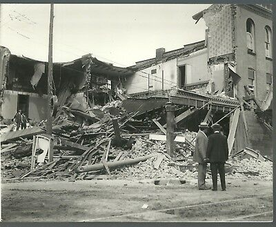 Print View Of The Turnbull Department Store Disaster/Collapse Peterborough Ont