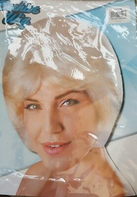 New Ladies High Blonde Beehive 60s Mod Fancy Dress Costume Party Wig Accessory