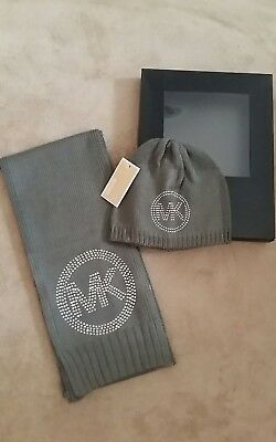 Brand New Genuine Michael Kors Grey Hat and Scarf Set