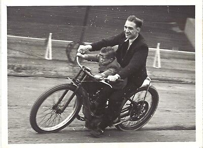 Original press photo 1947 ? Speedway Kid Curtis taking his son for a ride
