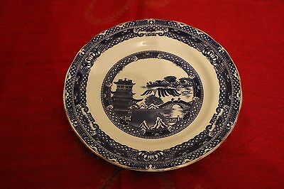 2 Ringtons Exclusive Willow Pattern Dinner Plates.