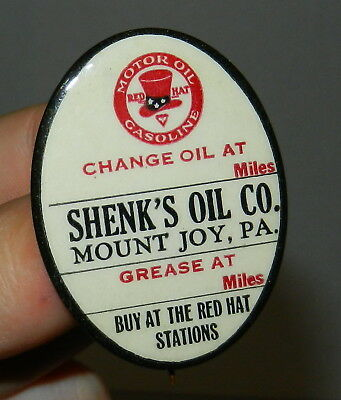 RARE 1920s Red Hat Motor Oil Gas Celluloid Advertising Pin Parisian Novelty Sign