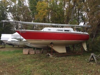 1974 O'Day 27' Sailboat, Boat Cradle, Good Condition a must see in Beloeil...