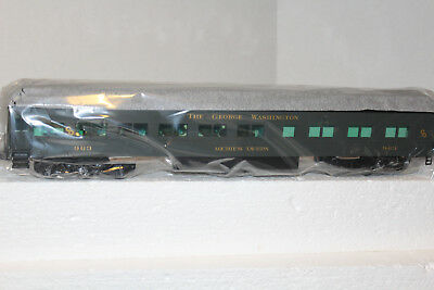 "Lionel #15575 C&O Heaavyweight Station Sounds Car ""The George Washington"""