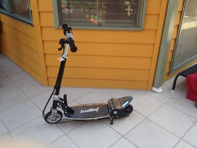 Electric Scooter 140W  Adjustable and Foldable for both Adults / Kids