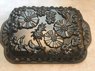 "Nordic Ware Cast Aluminum ""Wildflower"" Cake Pan - Platinum Collection"