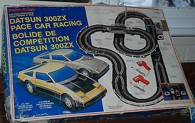 Vintage Toys Battery Operated Datsun 300Zx Pace Car Racing Slot Car Radio Shack