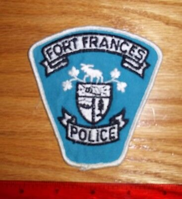 VINTAGE FORT FRANCIS POLICE PATCH Ontario, obsolete,enforcement,security guard,