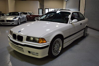 1994 BMW 3-Series Base Coupe 2-Door 1994 BMW E36 M Technic 325iS VERY RARE Young BMW Classic