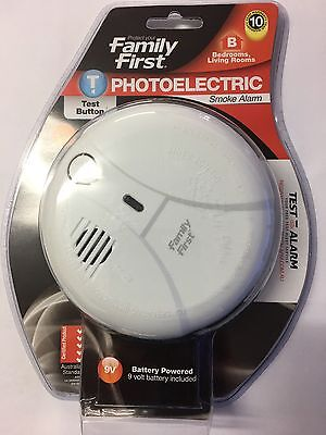 Familly first photoelectric smoke alarm