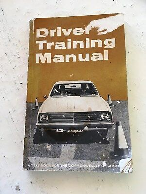General Motors-Holden's Pty Ltd-1970 Driver Training Manual-'Comm of Aust'-2nd E