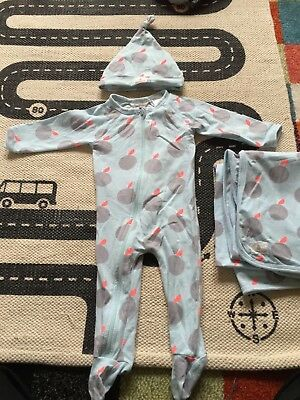 Country Road one-piece jumpsuit beanie wrap bib and teddy size 000 (0-3 months)