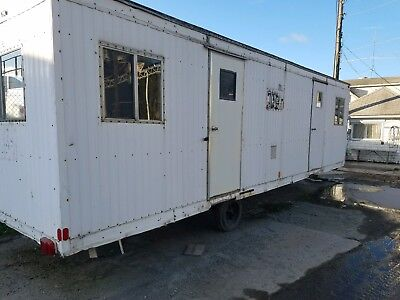 8 X 32 (8' X 28' Box) Mobile Office Trailer