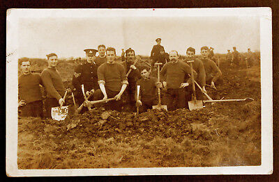 WW1 Post Card - Soldiers digging trench - Unsure of Cap Badge? Great photograph