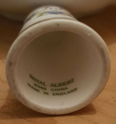Royal Albert China Flower of the Month Thimble -  ...July