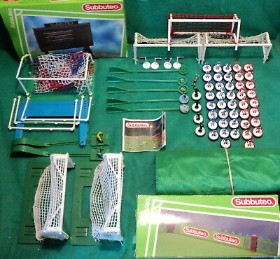 Vintage Subbuteo Table Football Goals Lightweight Players Pitch Fencing Score