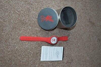 silicon liverpool fc watch  with presentation tin and instuction