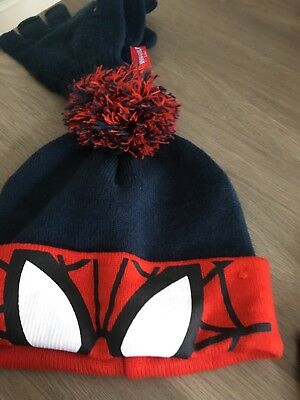 Spider-Man Hat And Gloves