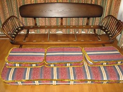 Vintage  Ercol Studio Couch/sofa Day Bed with dark wood frame in good order