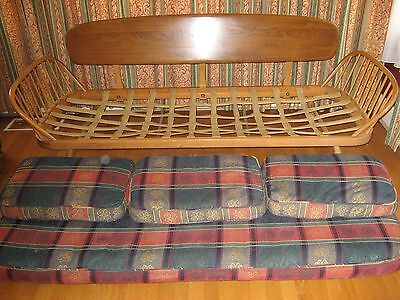 VINTAGE ERCOL BLONDE STUDIO COUCH SOFA DAYBED. Wooden Frame in good condition.