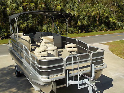 Brand New- 2016 Misty Harbor 225 Cc Center Console Fishing Family Pontoon Boat