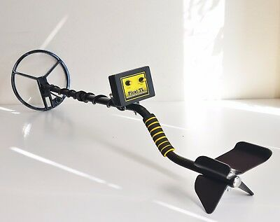 Induction Handheld Metal Detector Seek Treasure Precious All Metal Adjustable