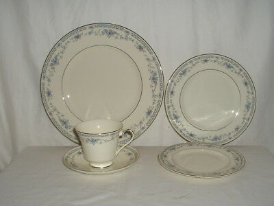 Minton Bone China Bellemeade 5 Piece Place Setting England (Multiples Available)