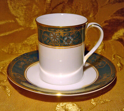 "Royal Doulton ""carlyle"" Demitasse Cup & Saucer Set(S) H5018 Made In England"