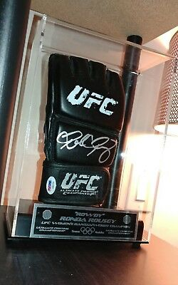 Ronda Rousey Signed UFC Fight Glove AUTO Autograph PSA/DNA COA with Display Case