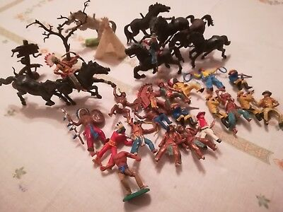 vintage collectable cowboys and Indians plastic figures