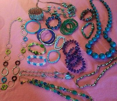 29 LOT Variety Ladies Jewelry Beaded Necklace Bracelet Blues greens Gorgeous EUC