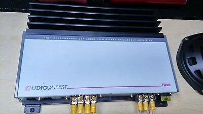 Amplificatore stereo Audioqeest 12 v .